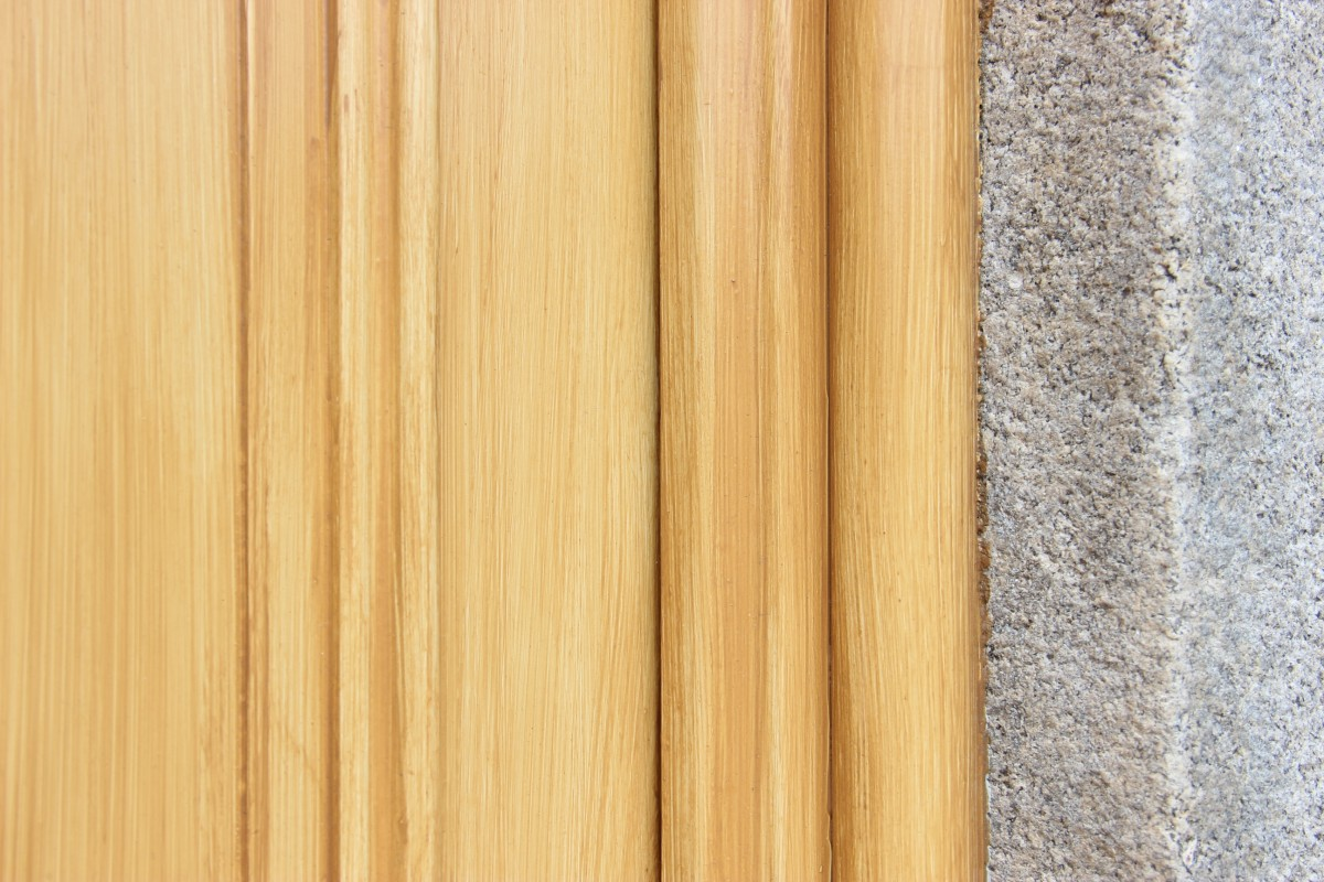 Oak graining effect, a finish typical of the 1840s